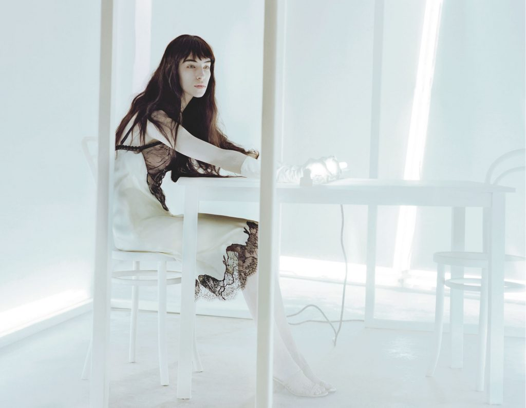 1-Irina-Marie-Numero-Paris-Performance-By-Jeff-Bark