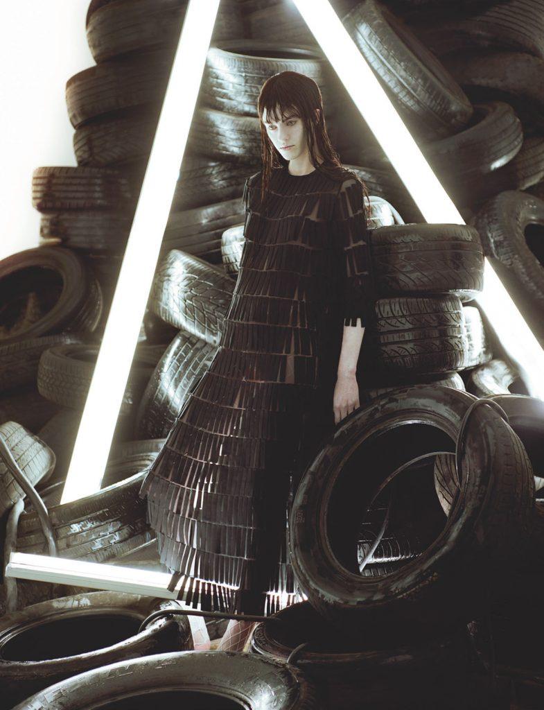 3-Irina-Marie-Numero-Paris-Performance-By-Jeff-Bark